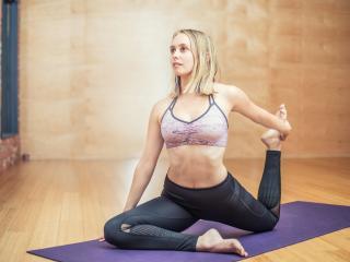 Yoga 4K wallpaper