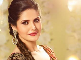 Zareen Khan Hot And Pretty wallpaper