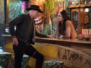 Zombieland 2 Woody Harrelson and Rosario Dawson wallpaper