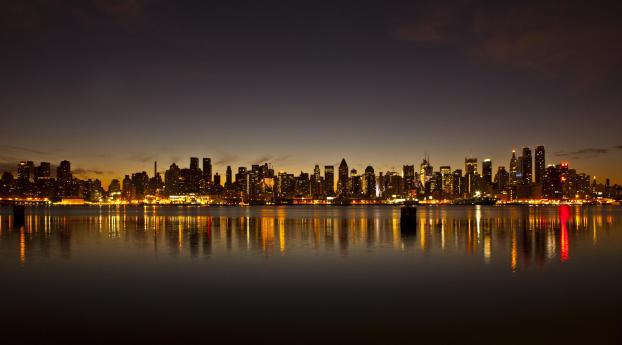4K Cityscape Buildings Cool River Reflection Wallpaper 1680x1050 Resolution