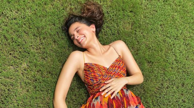 Actress Alia Bhatt 2020 Wallpaper