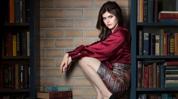 Alexandra Daddario 2020 Photoshoot Wallpaper 2560x1024 Resolution