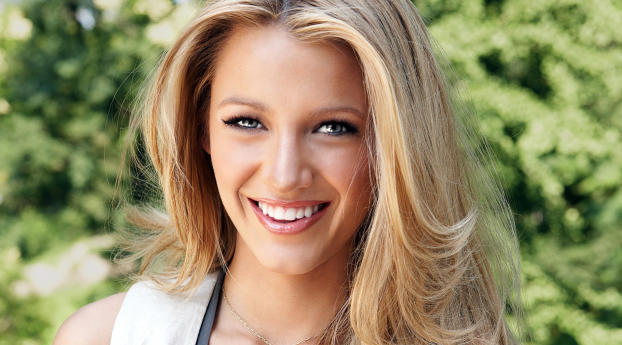750x1334 Blake Lively Cute Wallpapers Iphone 6 Iphone 6s Iphone 7 Wallpaper Hd Celebrities 4k Wallpapers Images Photos And Background