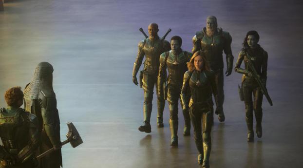 Captain Marvel SEAL Team 2019 Wallpaper 320x480 Resolution