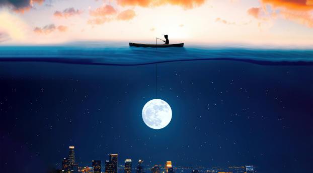 Catching The Moon In Ocean Wallpaper