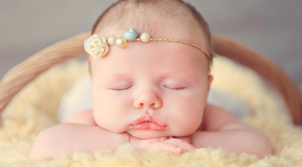Cute Baby Poster Wallpaper