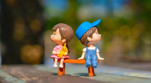 Cute Kid Couple Toy 4k Wallpaper