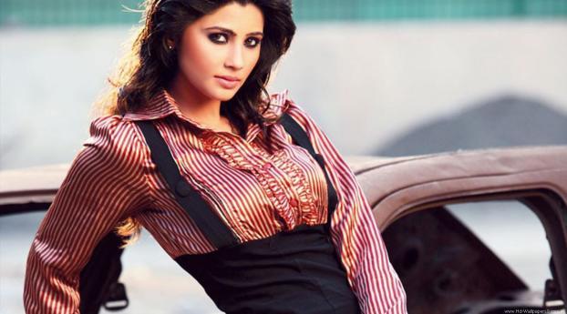 Daisy Shah Hd Wallpaper: Daisy Shah Indian Model, Full HD Wallpaper