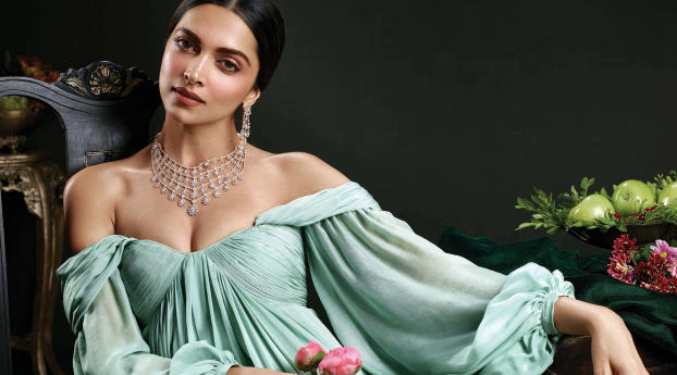 Deepika Padukone Beautiful Photoshoot 2017 Wallpaper