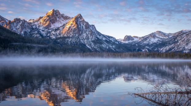 Idaho Stanley Lake Mountain Reflection Wallpaper