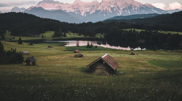 Lakeside Hut Wallpaper