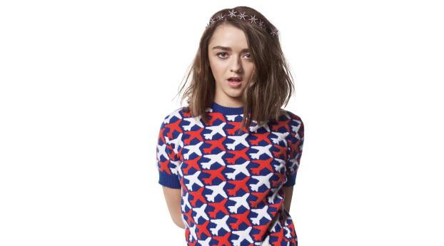 Maisie Williams Short Hair 4K Wallpaper 720x1280 Resolution