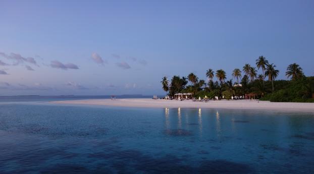 1280x2120 Maldives Tropical Beach Iphone 6 Plus Wallpaper