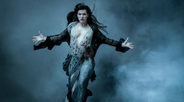 HD Wallpaper | Background Image Milla Jovovich as Blood Queen in Hellboy