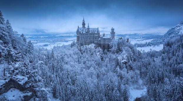 Neuschwanstein Castle in Winter Wallpaper