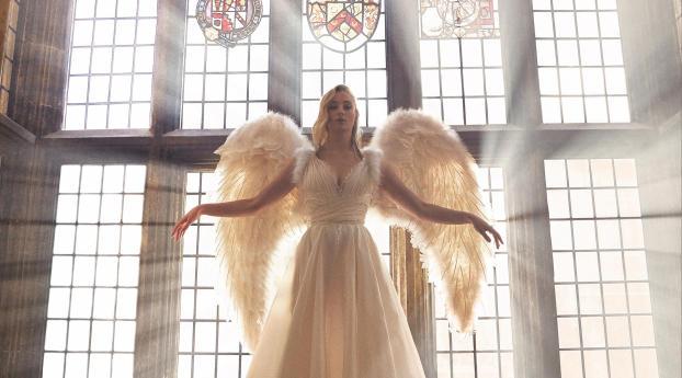 HD Wallpaper | Background Image Sophie Turner As Angel