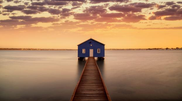 Swan River Australia 5K Wallpaper 3840x2400 Resolution