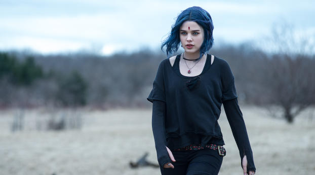 HD Wallpaper   Background Image Teagan Croft As Raven In Titans