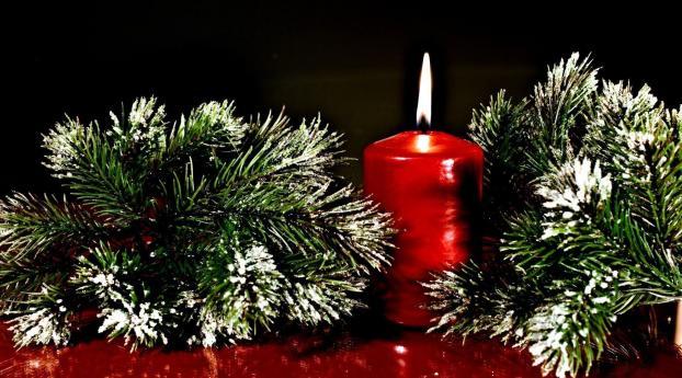1242x2688 Twigs Pine Needles Christmas Candle Iphone Xs